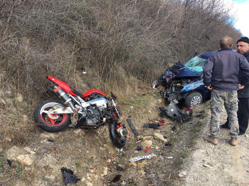 Под Анапой вДТП умер мотоциклист