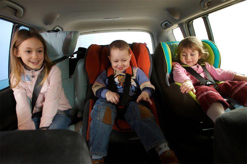 Поменялись правила транспортировки детей вавтомобилях