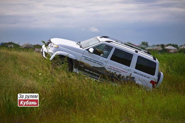 Бронированные автомобили «Есаул» набазе «УАЗ Патриот» послужат Росгвардии