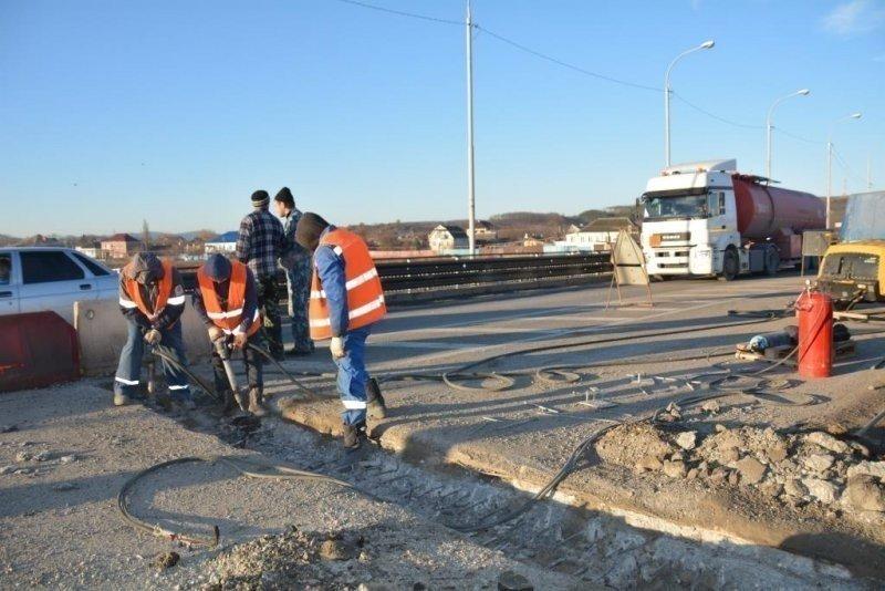 ВКрымске починят автомобильный мост через реку Адагум