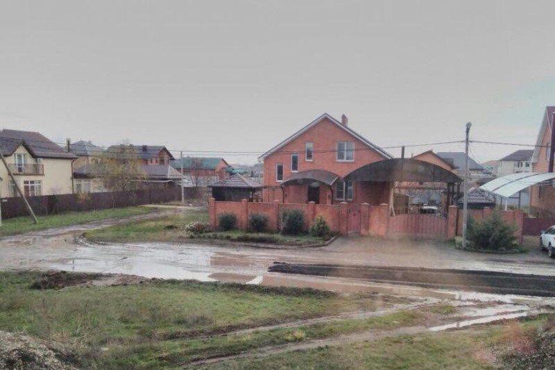 Дороги вкраснодарском поселке Плодородном переделают весной