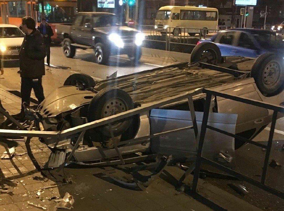 Нетрезвый шофёр «десятки» устроил массовое ДТП вКраснодаре