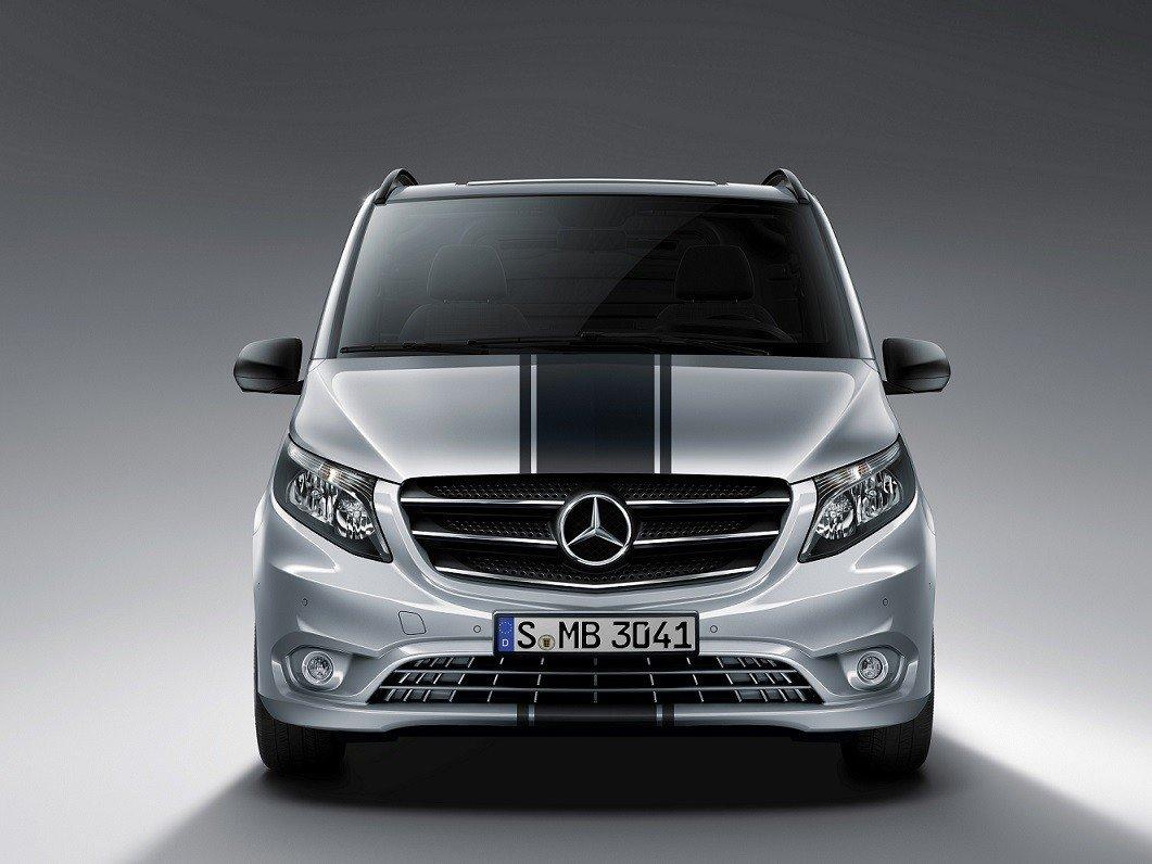 Benz отзывает в Российской Федерации автомобили V-класса из-за трудностей сподушками безопасности