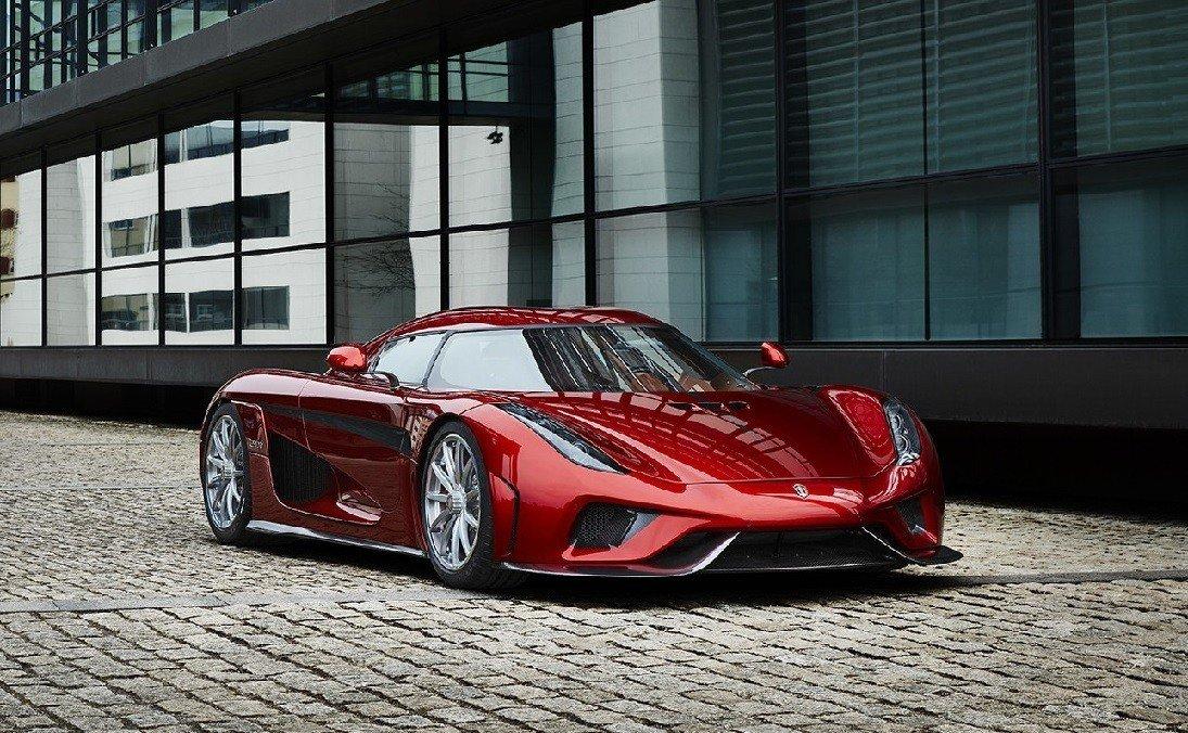 Краш-тест суперкара Regera за2,1млневро сняли навидео