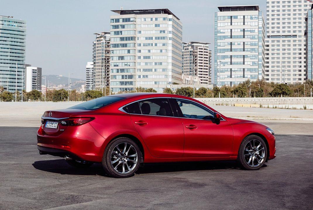 Русские продажи обновленной Mazda6 начнутся ксередине осени