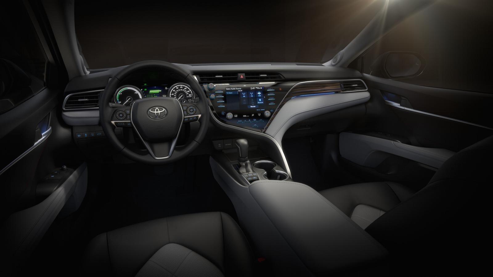 Парад новинок Тойота вДетройте возглавит новая Camry