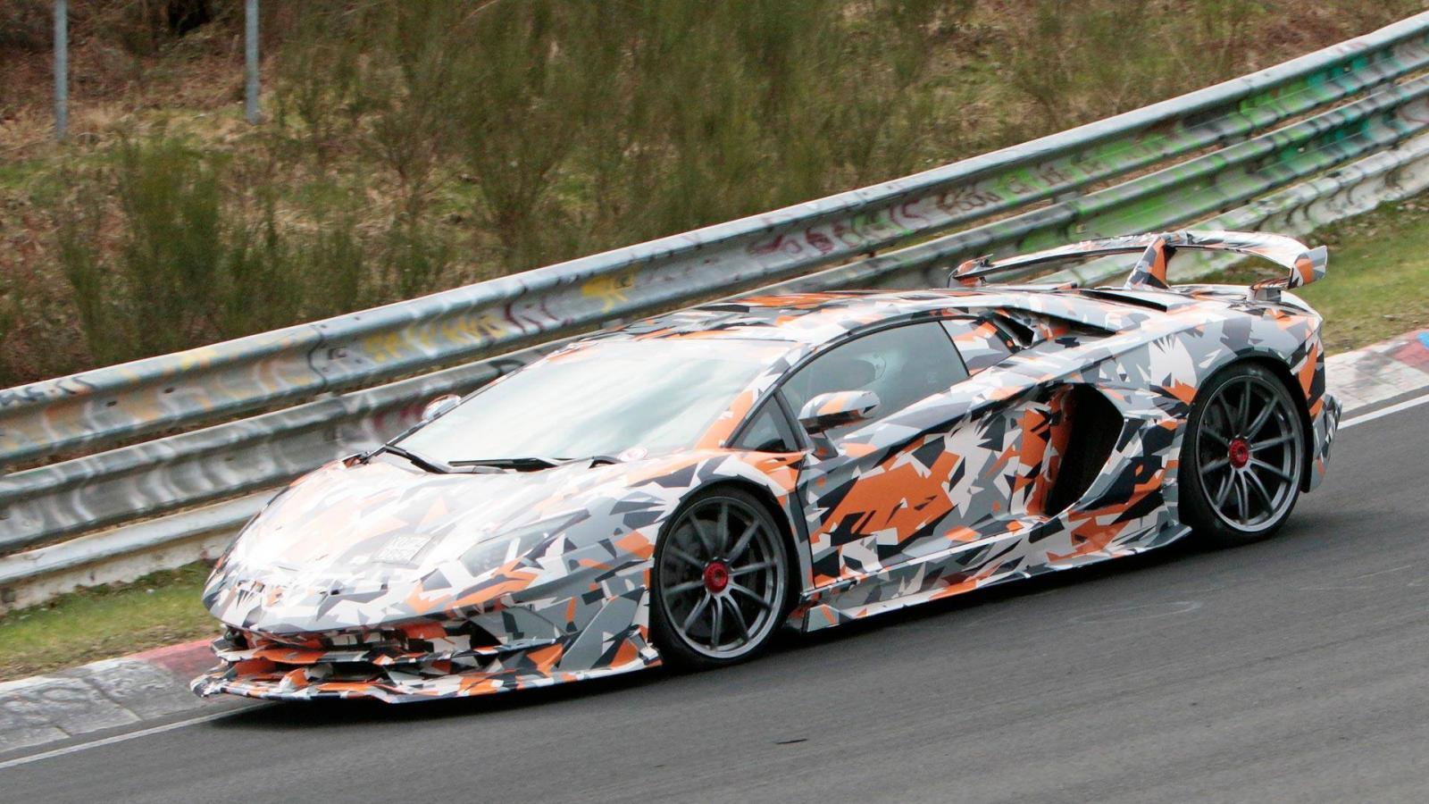Lamborghini Aventador SVJ может побить рекорд Нюрбургринга