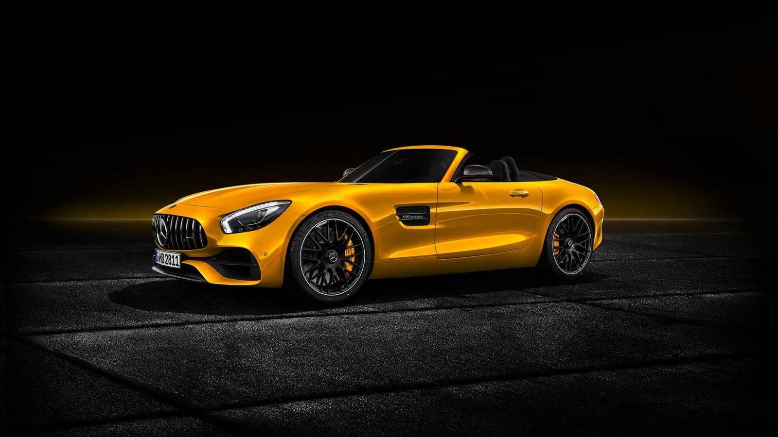 Mercedes-Benz представил новый родстер AMG GT S Roadster
