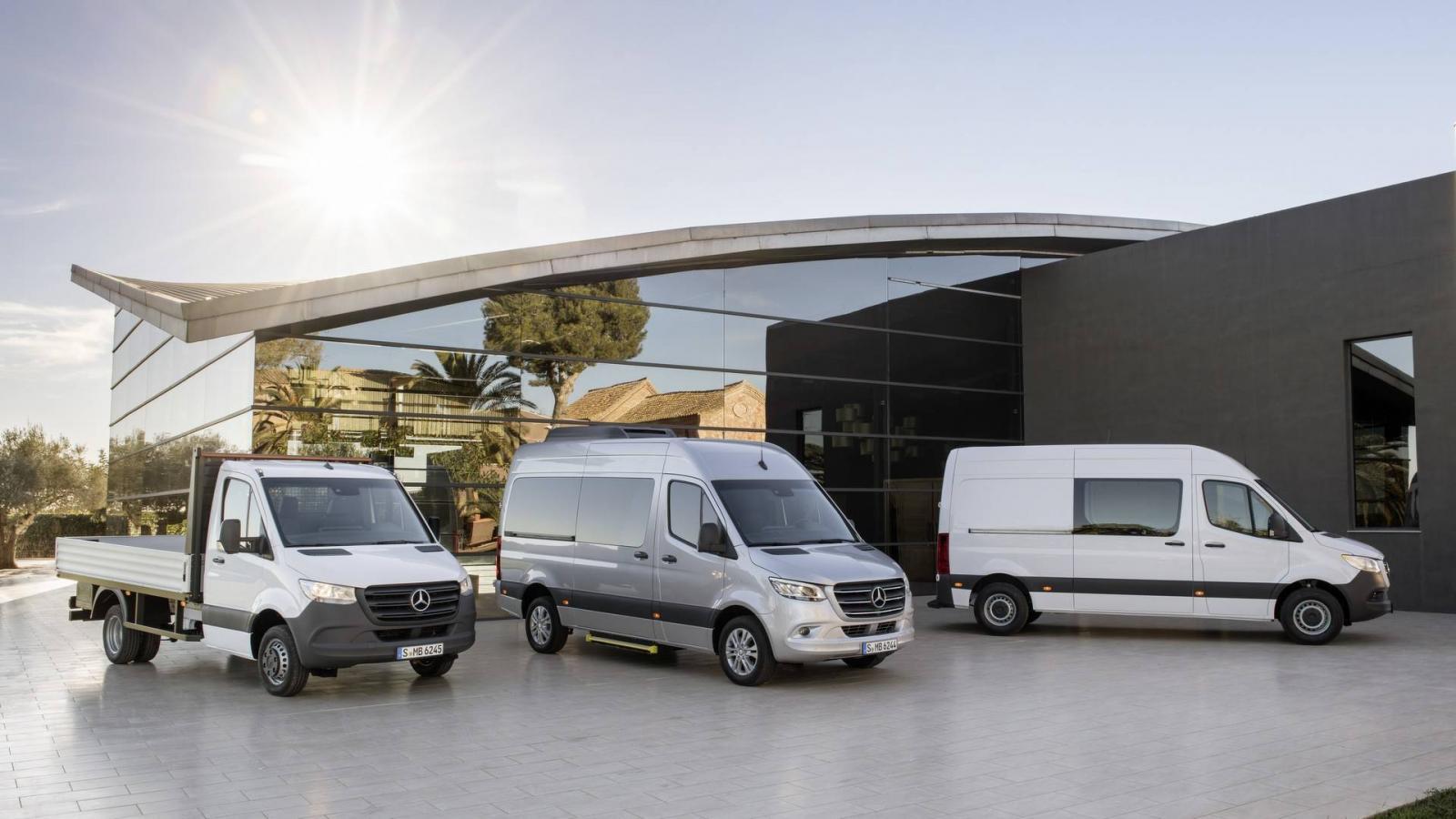Sprinter обновленного поколения представил Мерседес-Бенс