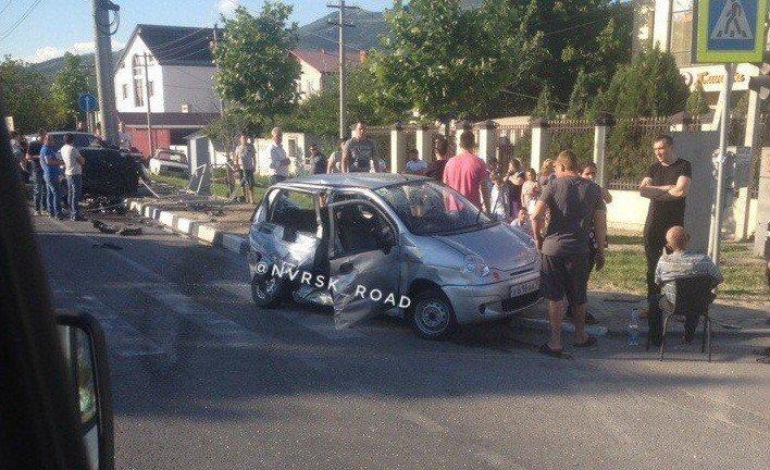 Старая женщина погибла вжестком ДТП вНовороссийске