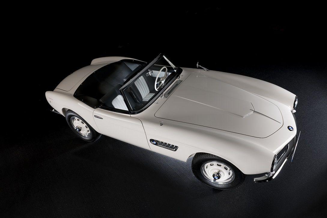 Восстановленный родстер BMW 507, принадлежавший Элвису Пресли