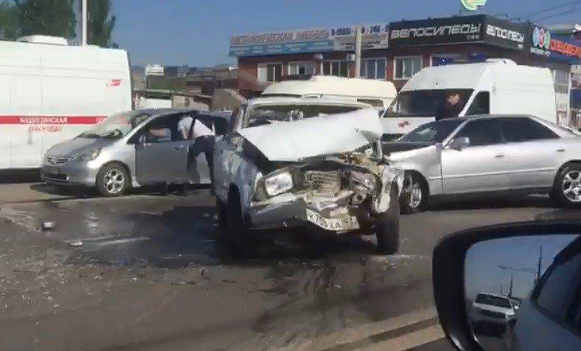 авария краснодар бентли
