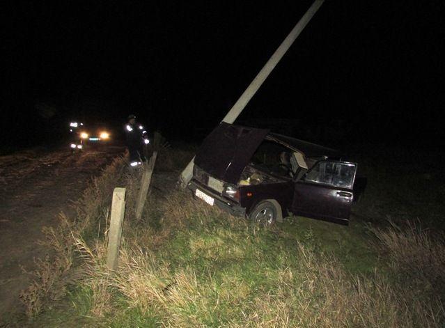 НаКубани нетрезвый шофёр «пятерки», неимеющий прав, врезался вопору ЛЭП