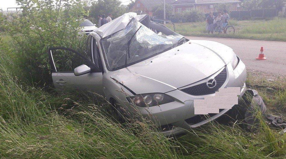 Нетрезвый шофёр без прав врезался встолб вТихорецком районе