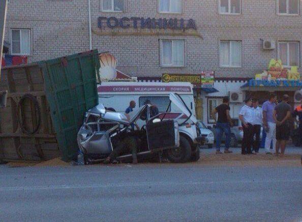 Три человека пострадали вДТП сучастием 8-ми машин под Новороссийском