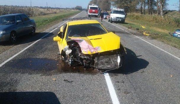 НаКубани в трагедии на«встречке» погибла 43-летняя пассажирка ВАЗа