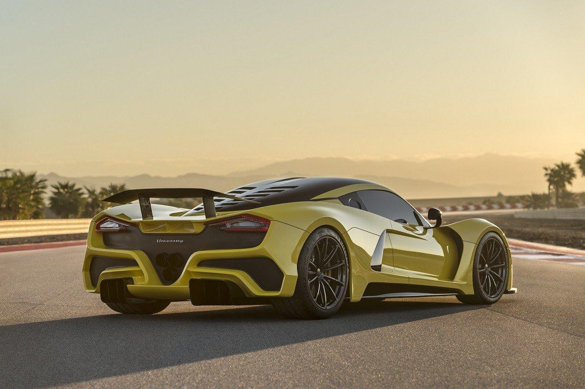 Жители Америки представили быстрейший гиперкар Hennessey Venom F5