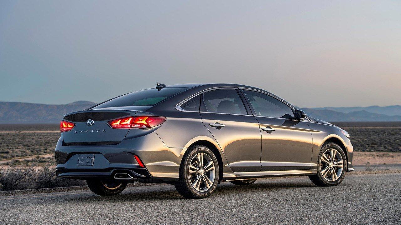 В Hyundai назвали сроки появления в России нового i30 и Сонаты