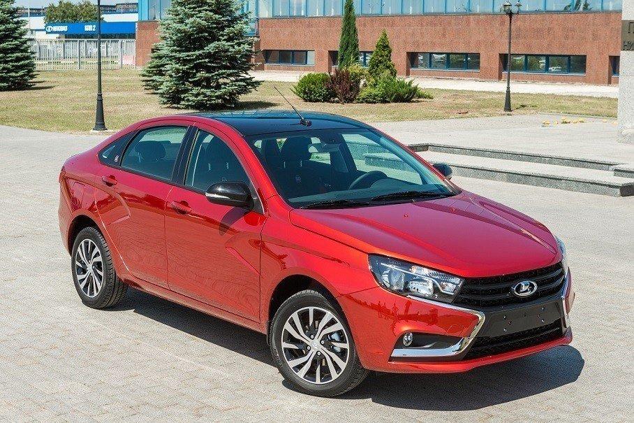 Лада угодила вТОП-10 любимых автомобильных брендов граждан России