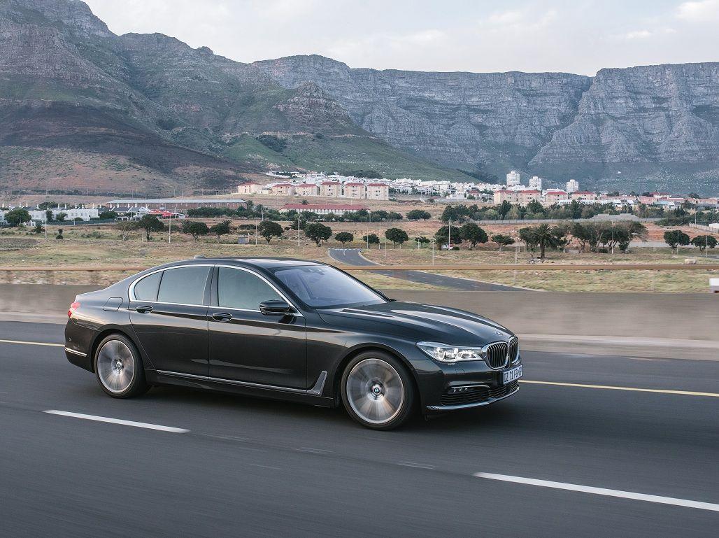 Линейка флагманских седанов BMW пополнилась тремя новыми модификациями
