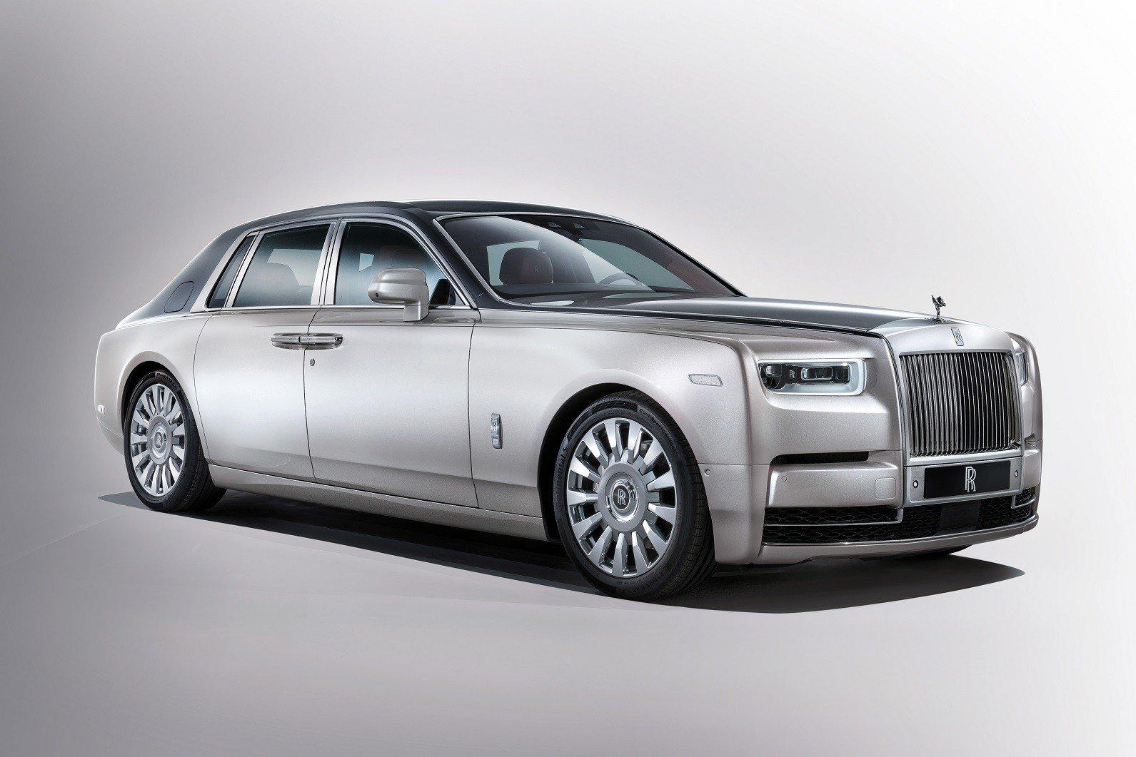 Новое поколение Rolls-Royce Phantom представят уже сегодня