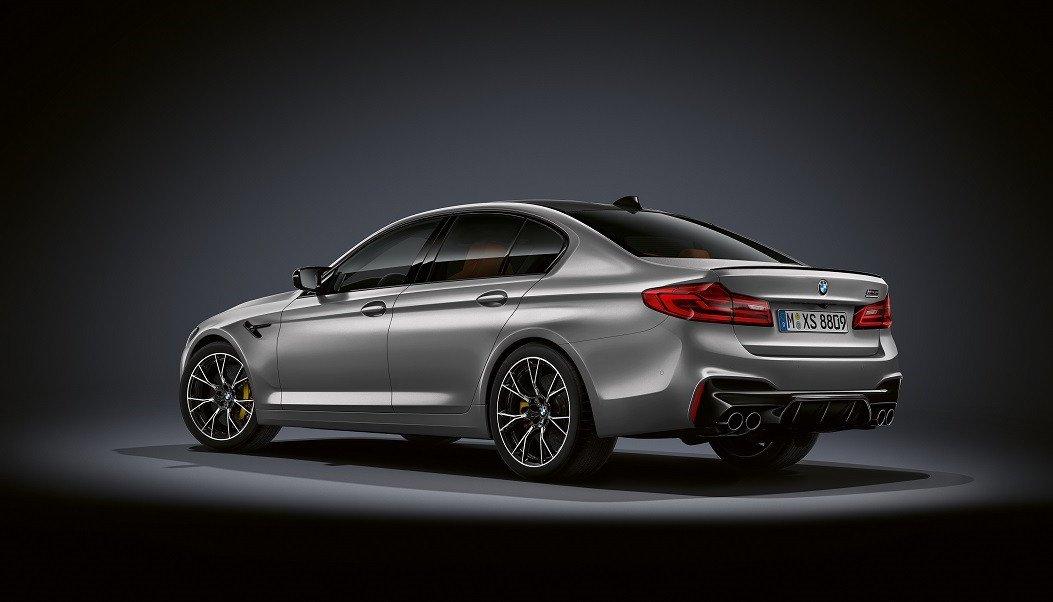 Новый седан BMW M5 Competition: мощнее излее class=