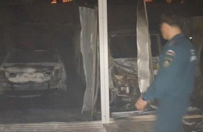 Ночью вКраснодаре сгорел гаражный кооператив