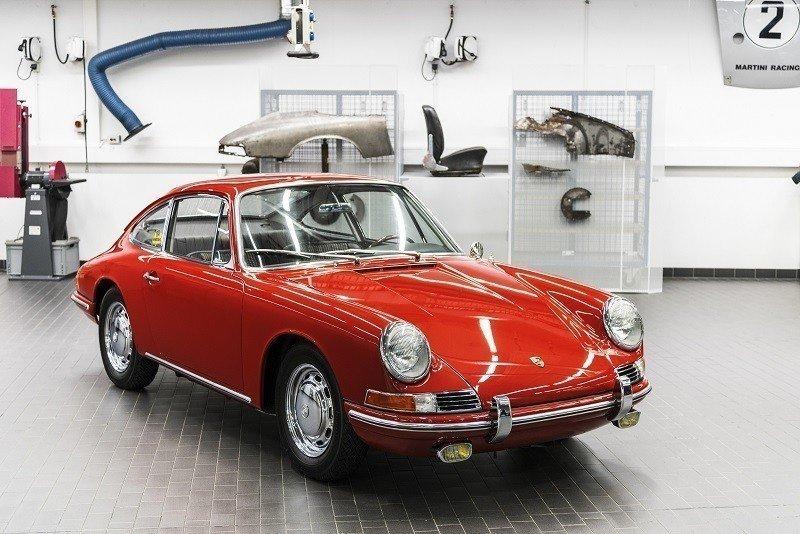 Музей Порше представил самый старый 911, оригинальную модель 901— Родоначальник серии