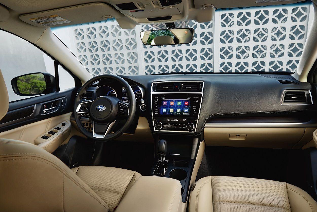 На автомобильном салоне вЧикаго представят обновлённый Субару Legacy