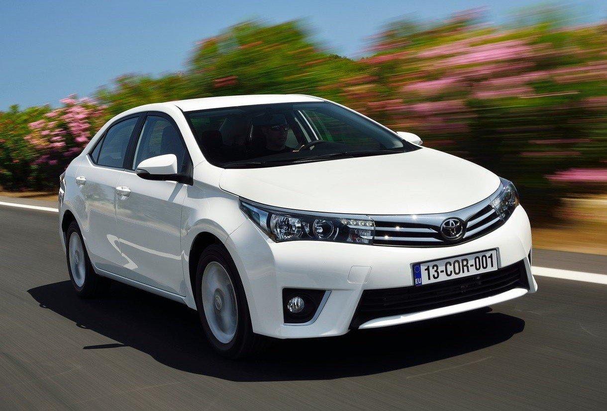 Toyota отзывает в РФ почти 30 тысяч автомобилей из-за проблем с подушками безопасности