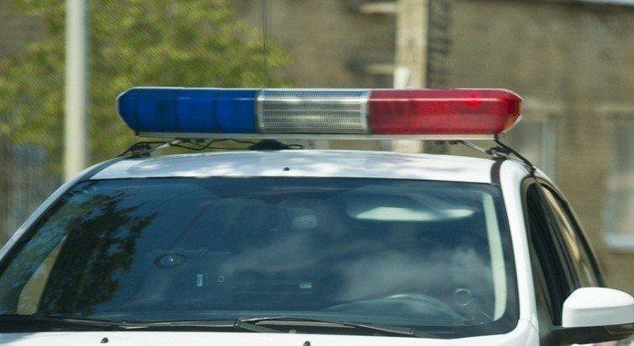 ВГеленджике задержали участника свадебного кортежа, стрелявшего изавтомата изокна машины