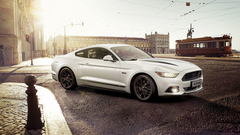Особые издания Форд Mustang Black Shadow иBlue предназначены только для Европы