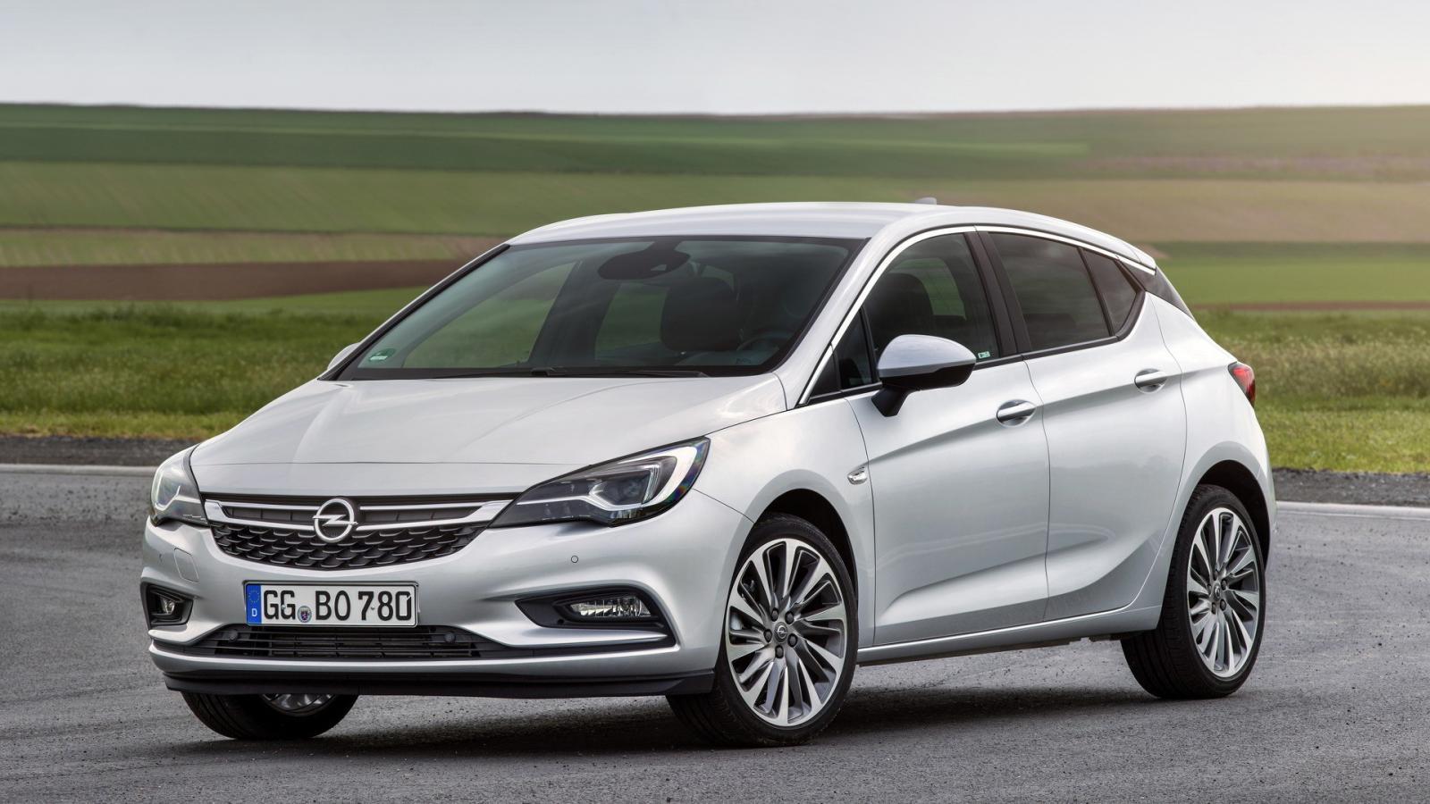 Opel Astra получил новый битурбо дизель