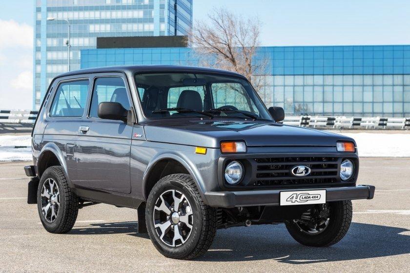 Волжский автомобильный завод начал продажи юбилейной Лада 4x4